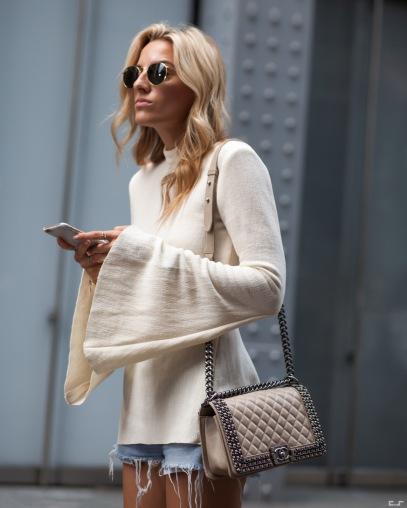 big sleeves street style